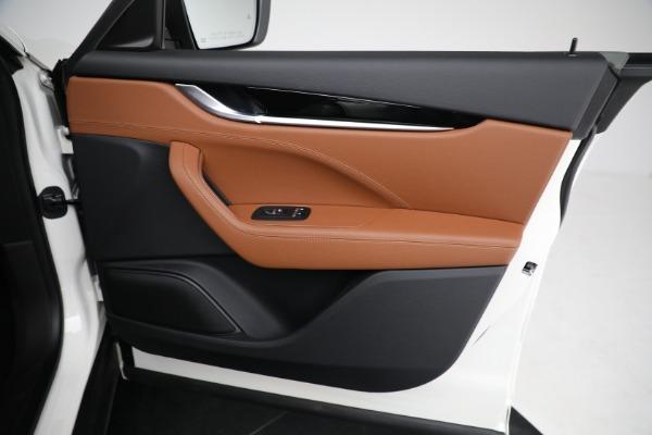 New 2021 Maserati Levante Q4 for sale $85,625 at Maserati of Greenwich in Greenwich CT 06830 24