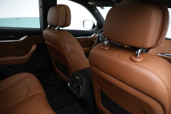 New 2021 Maserati Levante Q4 for sale $85,625 at Maserati of Greenwich in Greenwich CT 06830 25