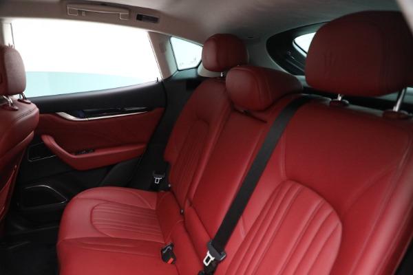 New 2021 Maserati Levante Q4 for sale $76,769 at Maserati of Greenwich in Greenwich CT 06830 17