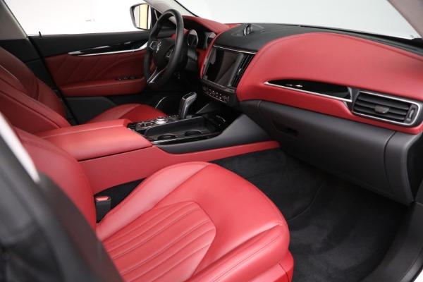 New 2021 Maserati Levante Q4 for sale $76,769 at Maserati of Greenwich in Greenwich CT 06830 19