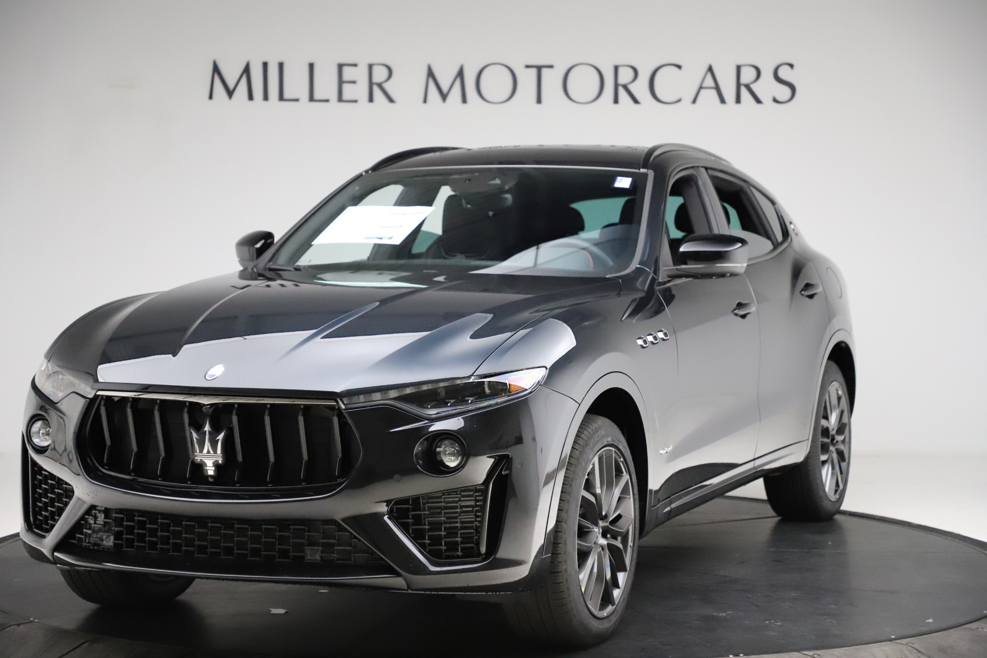 New 2021 Maserati Levante Q4 GranSport for sale $92,485 at Maserati of Greenwich in Greenwich CT 06830 1