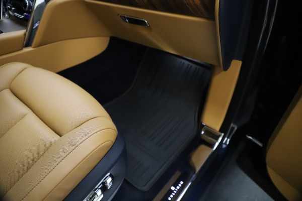 Used 2019 Rolls-Royce Cullinan for sale Sold at Maserati of Greenwich in Greenwich CT 06830 28
