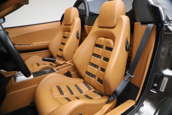 Used 2006 Ferrari F430 Spider for sale $249,900 at Maserati of Greenwich in Greenwich CT 06830 27