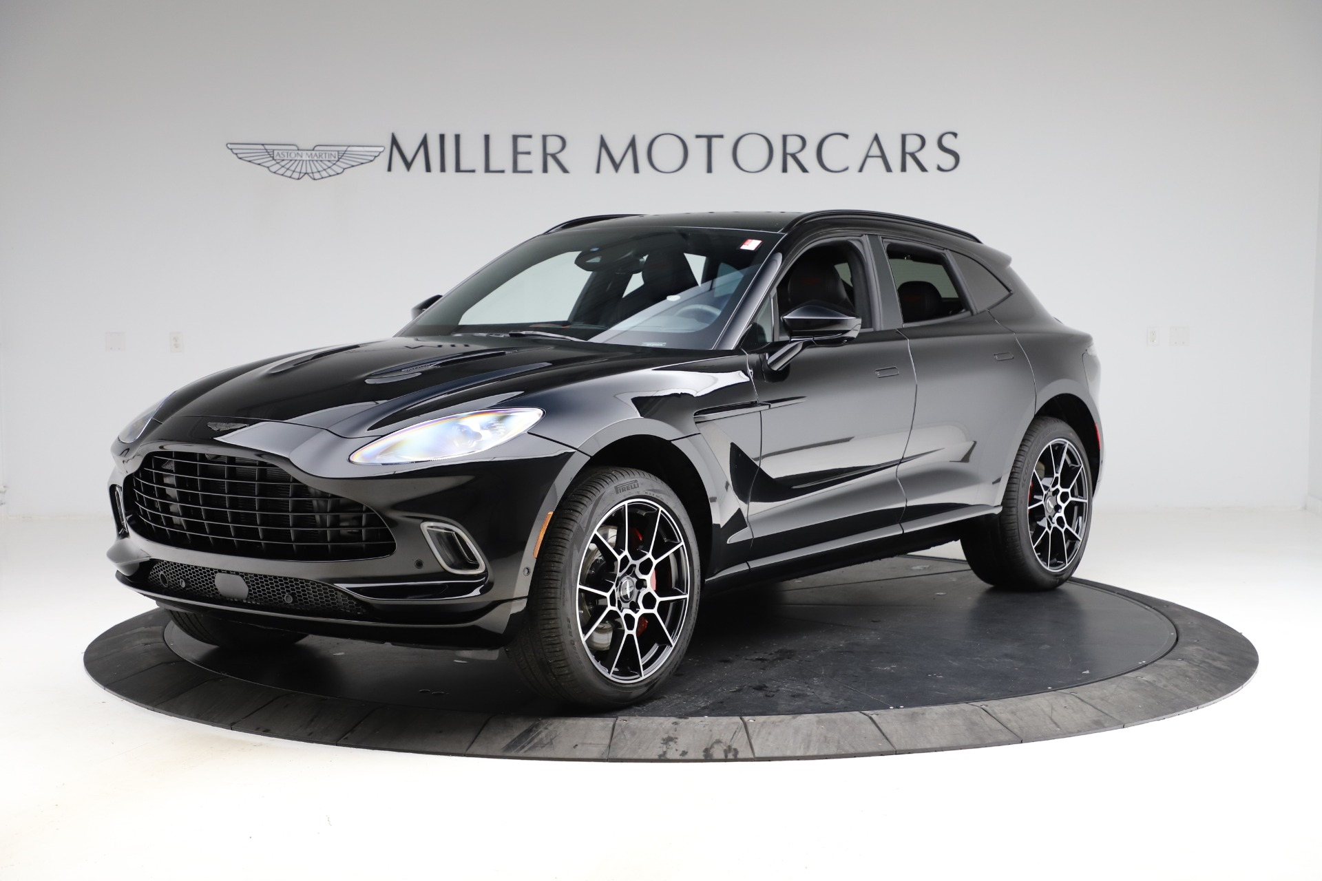 New 2021 Aston Martin DBX for sale $212,686 at Maserati of Greenwich in Greenwich CT 06830 1