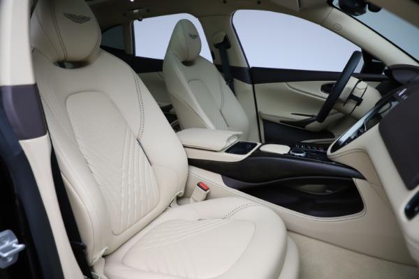 New 2021 Aston Martin DBX for sale $215,386 at Maserati of Greenwich in Greenwich CT 06830 24