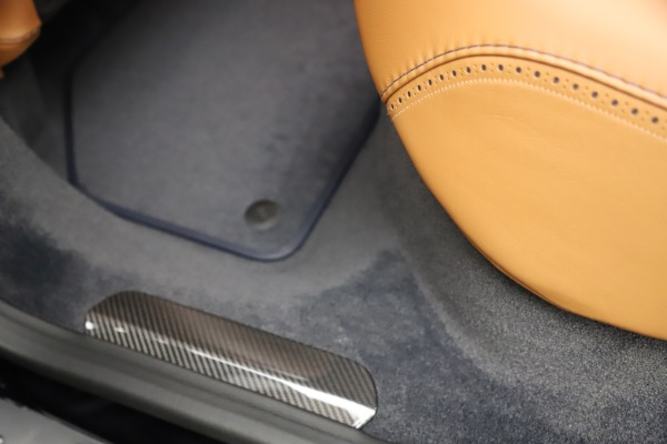 New 2021 Aston Martin DBX SUV for sale $264,386 at Maserati of Greenwich in Greenwich CT 06830 23