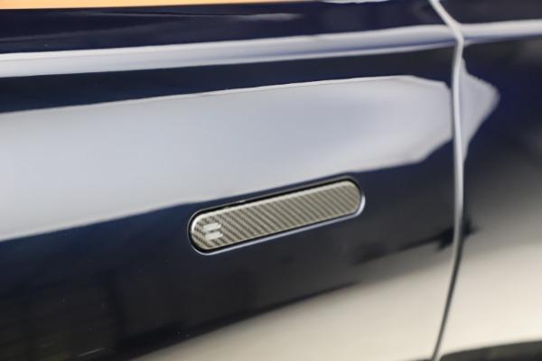 New 2021 Aston Martin DBX for sale $264,386 at Maserati of Greenwich in Greenwich CT 06830 24