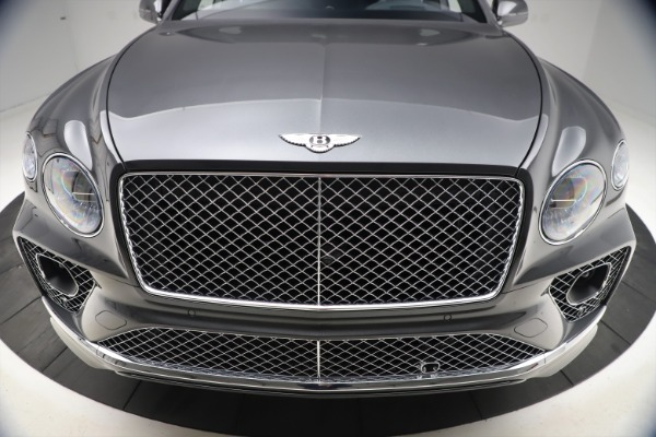 New 2021 Bentley Bentayga V8 for sale $213,720 at Maserati of Greenwich in Greenwich CT 06830 13