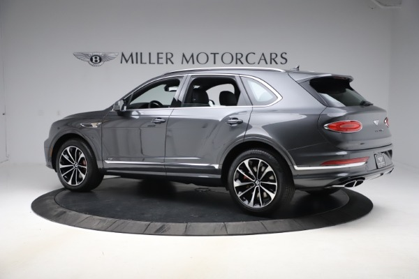 New 2021 Bentley Bentayga V8 for sale $213,720 at Maserati of Greenwich in Greenwich CT 06830 4