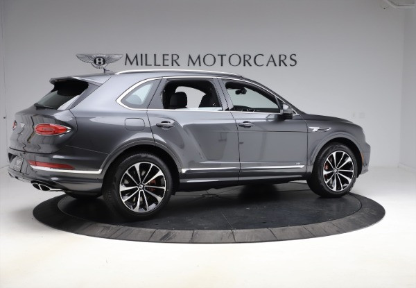 New 2021 Bentley Bentayga V8 for sale $213,720 at Maserati of Greenwich in Greenwich CT 06830 8