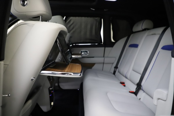 Used 2019 Rolls-Royce Cullinan for sale $349,900 at Maserati of Greenwich in Greenwich CT 06830 27