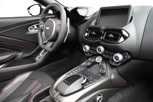 New 2021 Aston Martin Vantage Roadster Convertible for sale $178,186 at Maserati of Greenwich in Greenwich CT 06830 26