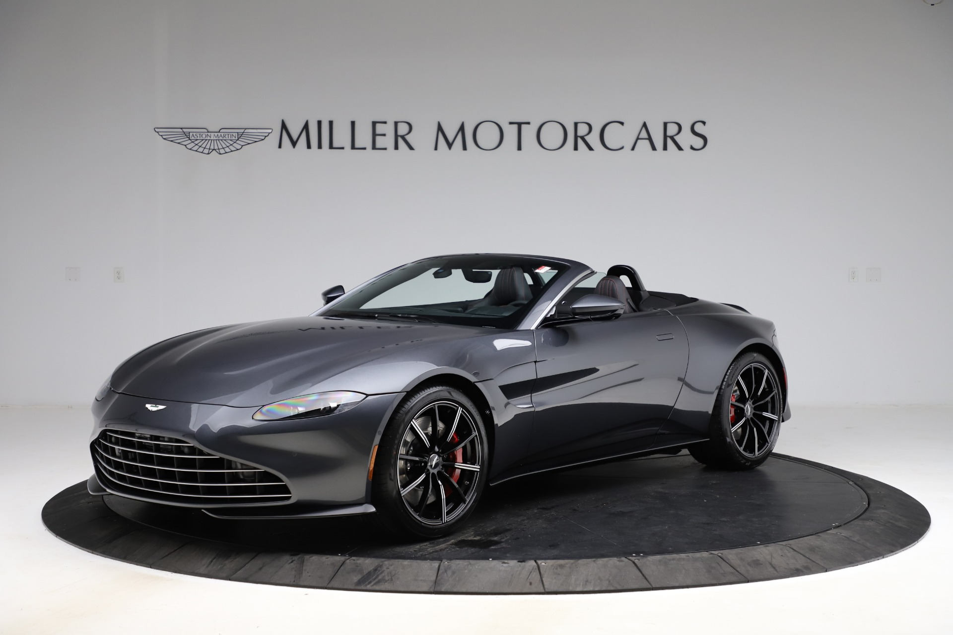 New 2021 Aston Martin Vantage Roadster Convertible for sale $178,186 at Maserati of Greenwich in Greenwich CT 06830 1