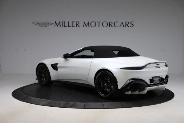 New 2021 Aston Martin Vantage Roadster Convertible for sale $189,186 at Maserati of Greenwich in Greenwich CT 06830 23