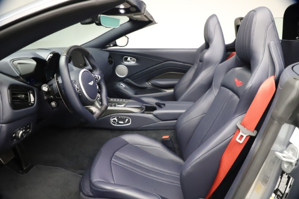 New 2021 Aston Martin Vantage Roadster Convertible for sale Sold at Maserati of Greenwich in Greenwich CT 06830 21