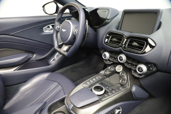 New 2021 Aston Martin Vantage Roadster Convertible for sale Sold at Maserati of Greenwich in Greenwich CT 06830 25