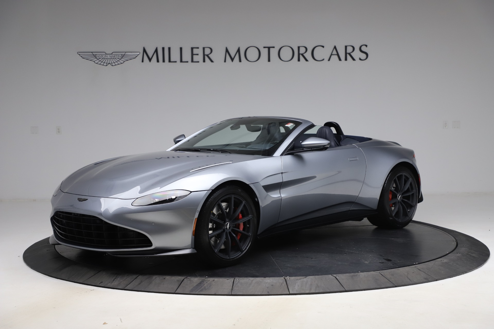 New 2021 Aston Martin Vantage Roadster Convertible for sale Sold at Maserati of Greenwich in Greenwich CT 06830 1
