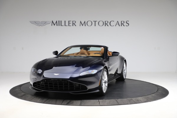New 2021 Aston Martin Vantage Roadster Convertible for sale $205,686 at Maserati of Greenwich in Greenwich CT 06830 12