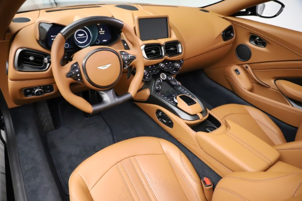 New 2021 Aston Martin Vantage Roadster Convertible for sale $205,686 at Maserati of Greenwich in Greenwich CT 06830 13