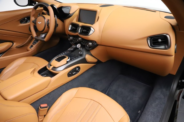 New 2021 Aston Martin Vantage Roadster Convertible for sale $205,686 at Maserati of Greenwich in Greenwich CT 06830 19