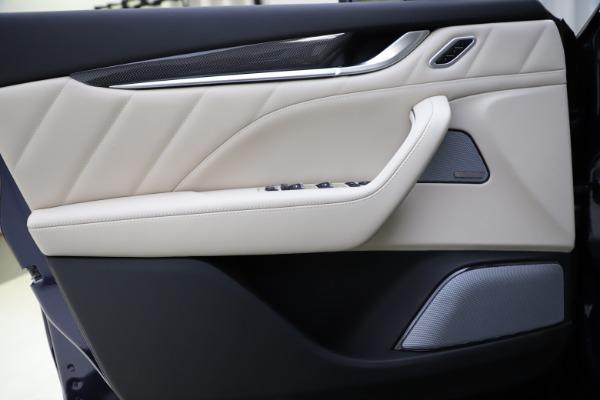 New 2021 Maserati Levante S Q4 GranLusso for sale $106,235 at Maserati of Greenwich in Greenwich CT 06830 17
