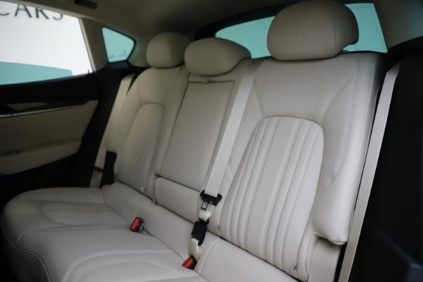 New 2021 Maserati Levante S Q4 GranLusso for sale $106,235 at Maserati of Greenwich in Greenwich CT 06830 20
