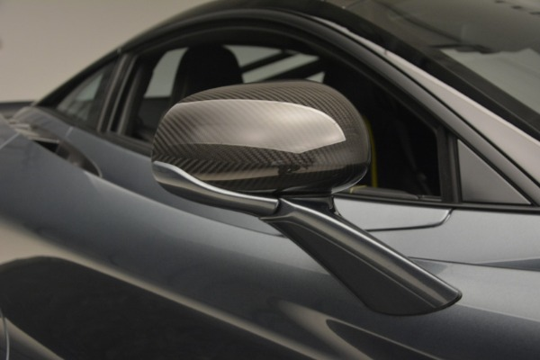 Used 2018 McLaren 720S Performance for sale $234,900 at Maserati of Greenwich in Greenwich CT 06830 25