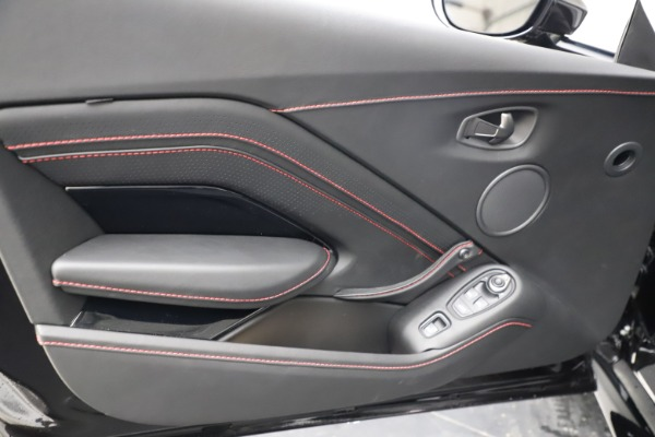 New 2021 Aston Martin Vantage Roadster Convertible for sale $189,186 at Maserati of Greenwich in Greenwich CT 06830 16