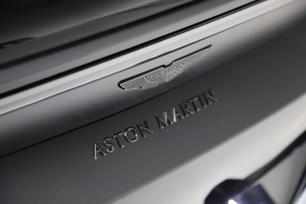 New 2021 Aston Martin Vantage Roadster Convertible for sale $189,186 at Maserati of Greenwich in Greenwich CT 06830 21
