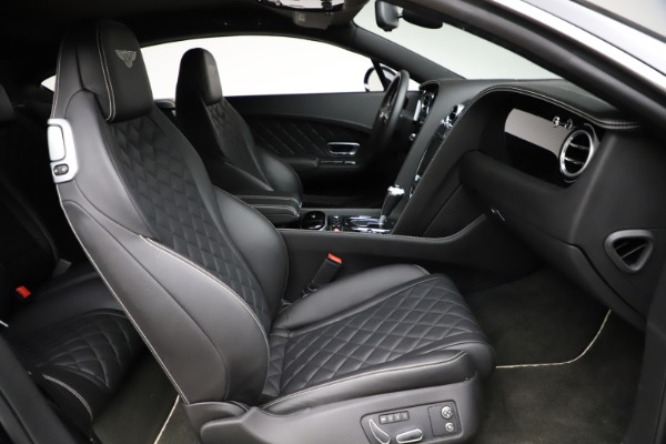 Used 2017 Bentley Continental GT V8 for sale $129,900 at Maserati of Greenwich in Greenwich CT 06830 24