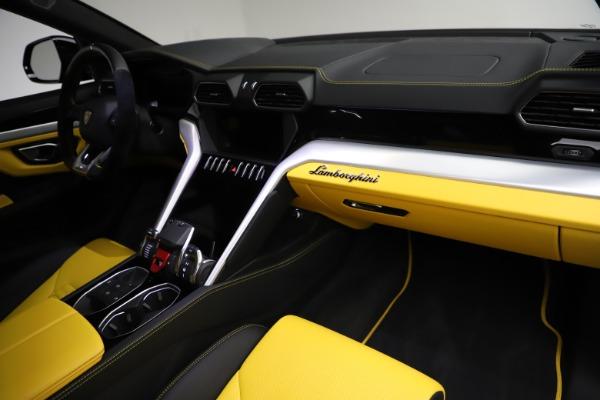 Used 2019 Lamborghini Urus for sale $249,900 at Maserati of Greenwich in Greenwich CT 06830 24