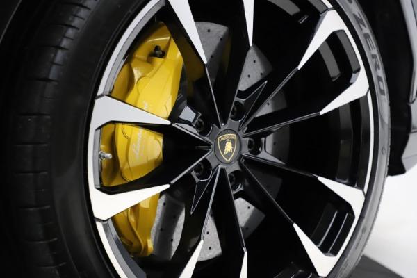 Used 2019 Lamborghini Urus for sale $249,900 at Maserati of Greenwich in Greenwich CT 06830 28
