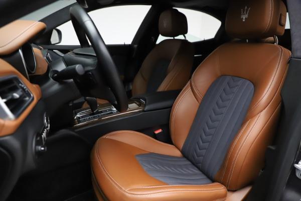 Used 2018 Maserati Ghibli SQ4 GranLusso for sale Call for price at Maserati of Greenwich in Greenwich CT 06830 15