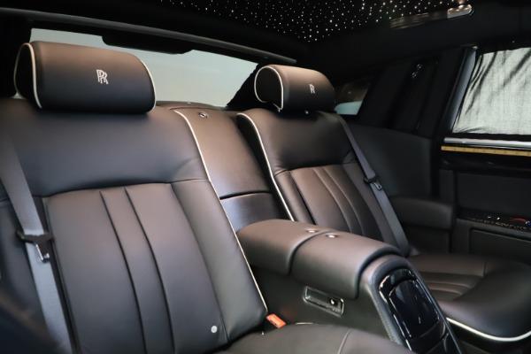 Used 2015 Rolls-Royce Phantom EWB for sale $279,900 at Maserati of Greenwich in Greenwich CT 06830 15