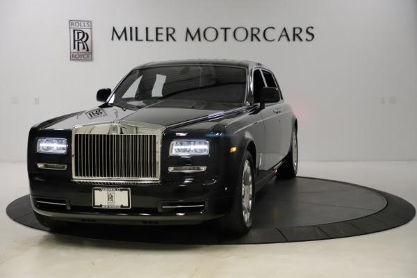 Used 2015 Rolls-Royce Phantom EWB for sale $279,900 at Maserati of Greenwich in Greenwich CT 06830 1
