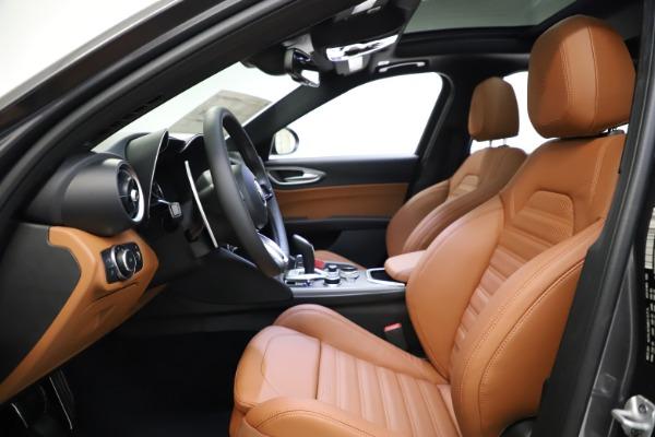 New 2021 Alfa Romeo Giulia Ti Sport Q4 for sale $52,100 at Maserati of Greenwich in Greenwich CT 06830 14