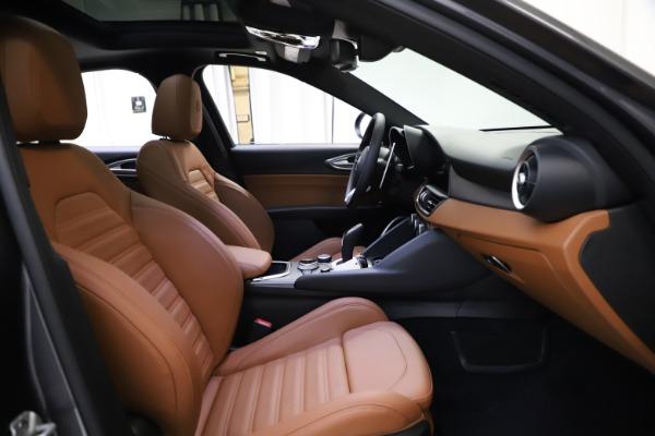 New 2021 Alfa Romeo Giulia Ti Sport Q4 for sale $52,100 at Maserati of Greenwich in Greenwich CT 06830 19