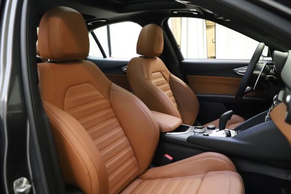 New 2021 Alfa Romeo Giulia Ti Sport Q4 for sale $52,100 at Maserati of Greenwich in Greenwich CT 06830 20