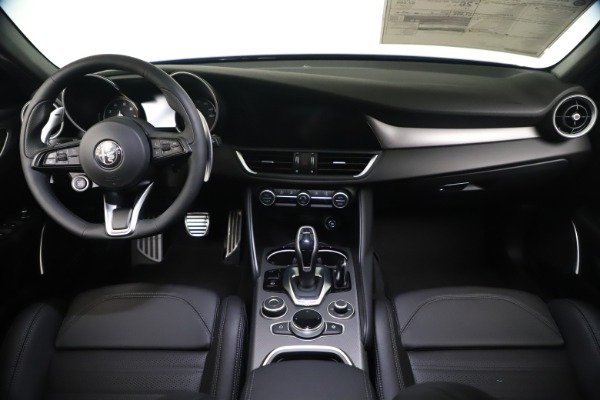 New 2021 Alfa Romeo Giulia Ti Sport Q4 for sale $52,100 at Maserati of Greenwich in Greenwich CT 06830 16