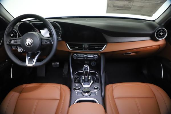 New 2021 Alfa Romeo Giulia Ti Q4 for sale $51,100 at Maserati of Greenwich in Greenwich CT 06830 16
