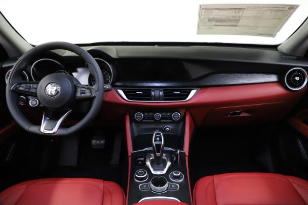 New 2021 Alfa Romeo Stelvio Q4 for sale $48,050 at Maserati of Greenwich in Greenwich CT 06830 16