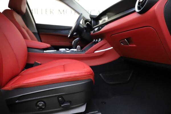 New 2021 Alfa Romeo Stelvio Q4 for sale $48,050 at Maserati of Greenwich in Greenwich CT 06830 23