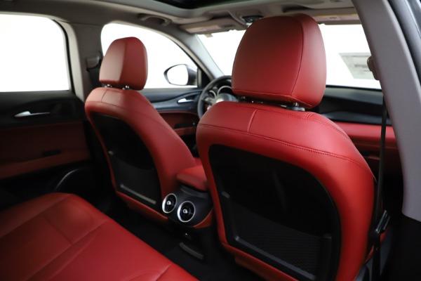 New 2021 Alfa Romeo Stelvio Q4 for sale $48,050 at Maserati of Greenwich in Greenwich CT 06830 28