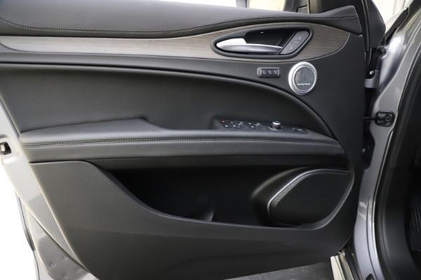 New 2021 Alfa Romeo Stelvio Ti Q4 for sale $55,900 at Maserati of Greenwich in Greenwich CT 06830 17