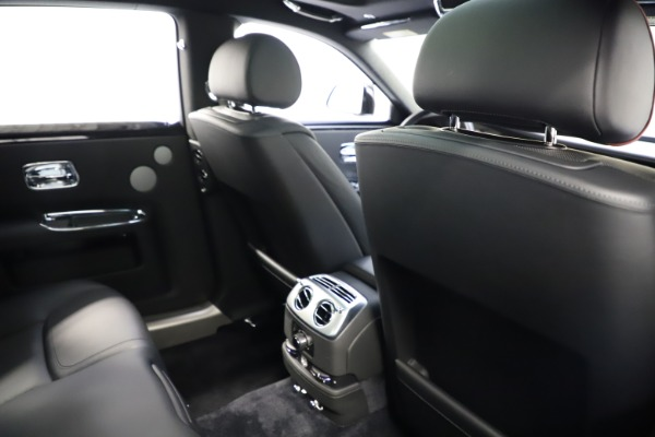 Used 2016 Rolls-Royce Ghost for sale $165,900 at Maserati of Greenwich in Greenwich CT 06830 21
