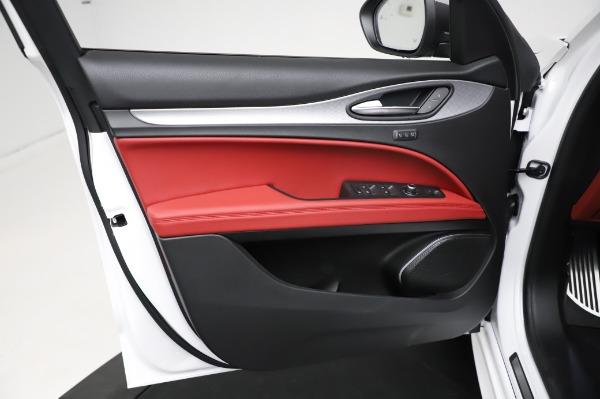 New 2021 Alfa Romeo Stelvio Ti Sport Q4 for sale $58,740 at Maserati of Greenwich in Greenwich CT 06830 17