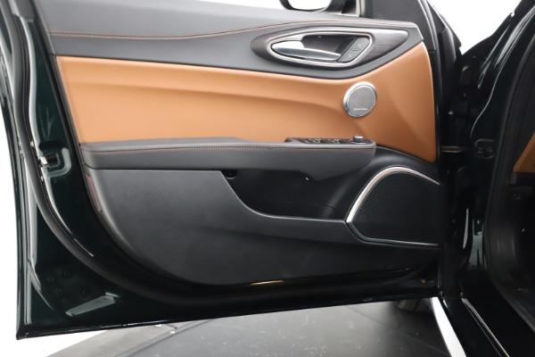 New 2021 Alfa Romeo Giulia Ti Q4 for sale $52,600 at Maserati of Greenwich in Greenwich CT 06830 19