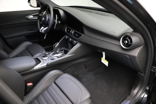 New 2021 Alfa Romeo Giulia Ti Sport Q4 for sale $53,850 at Maserati of Greenwich in Greenwich CT 06830 19