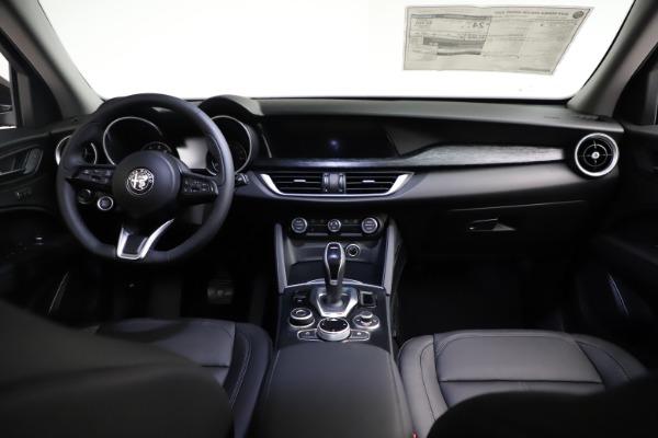New 2021 Alfa Romeo Stelvio Q4 for sale $50,535 at Maserati of Greenwich in Greenwich CT 06830 17