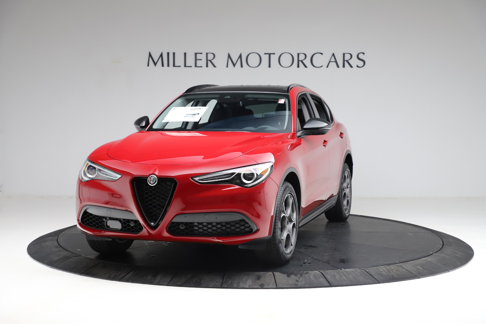 New 2021 Alfa Romeo Stelvio Q4 for sale $49,935 at Maserati of Greenwich in Greenwich CT 06830 1